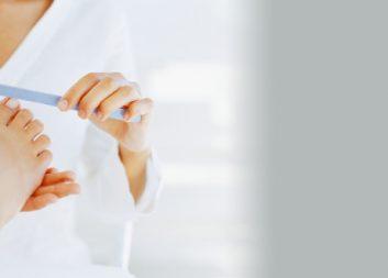 Гигиеническая и эстетическая обработка ногтей женская