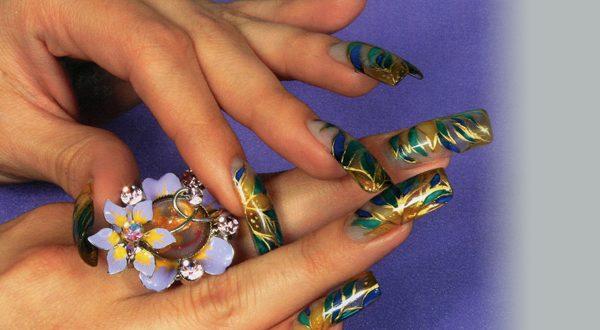 Коррекция ногтей с декоративным моделированием