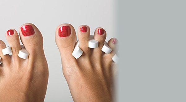 Моделирование ногтей цветным биогелем на ногах