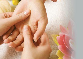 Массаж кистей рук женский